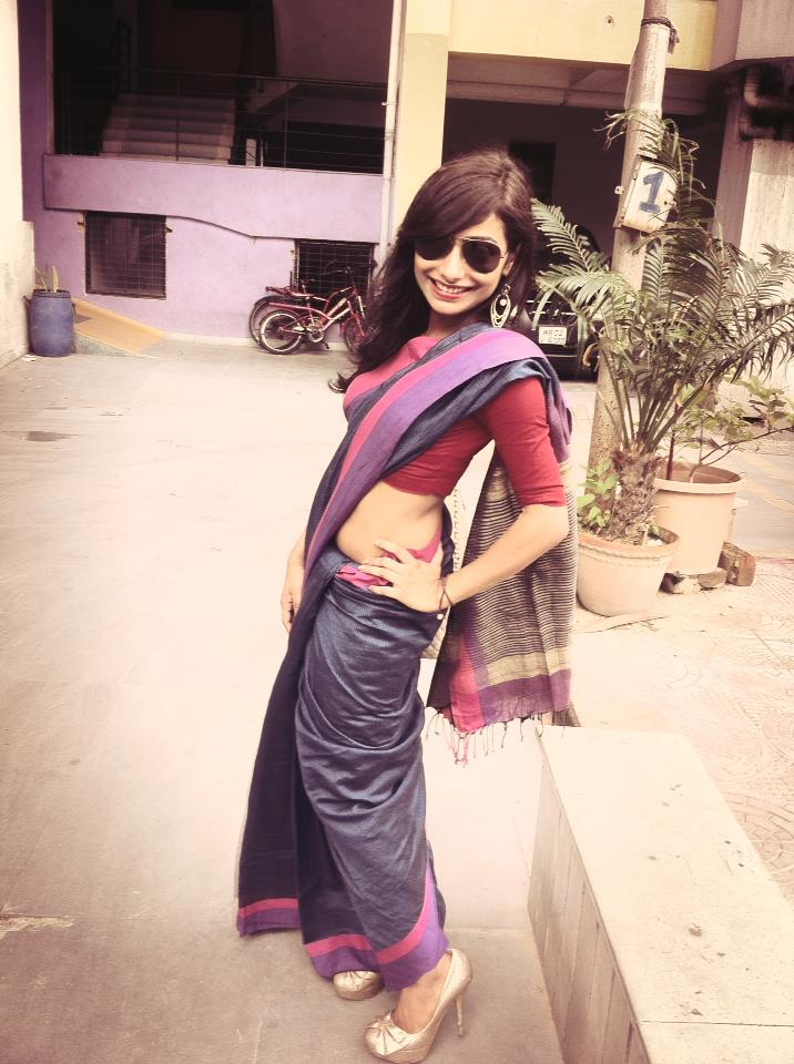 This is my Saree Pose!