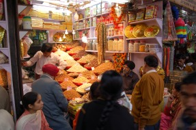 Sweet shop in Chittaranjan Avenue